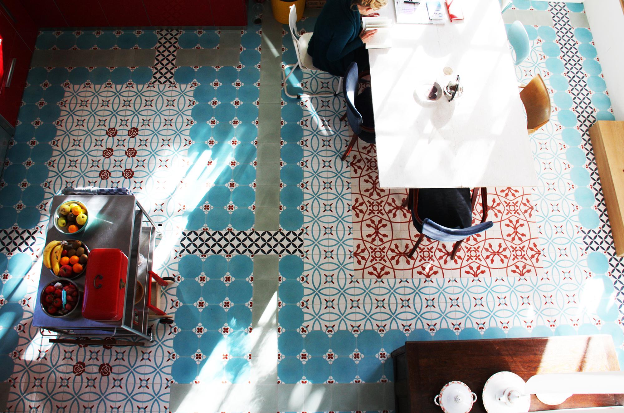keukenvloer Portugese cementtegels 20x20